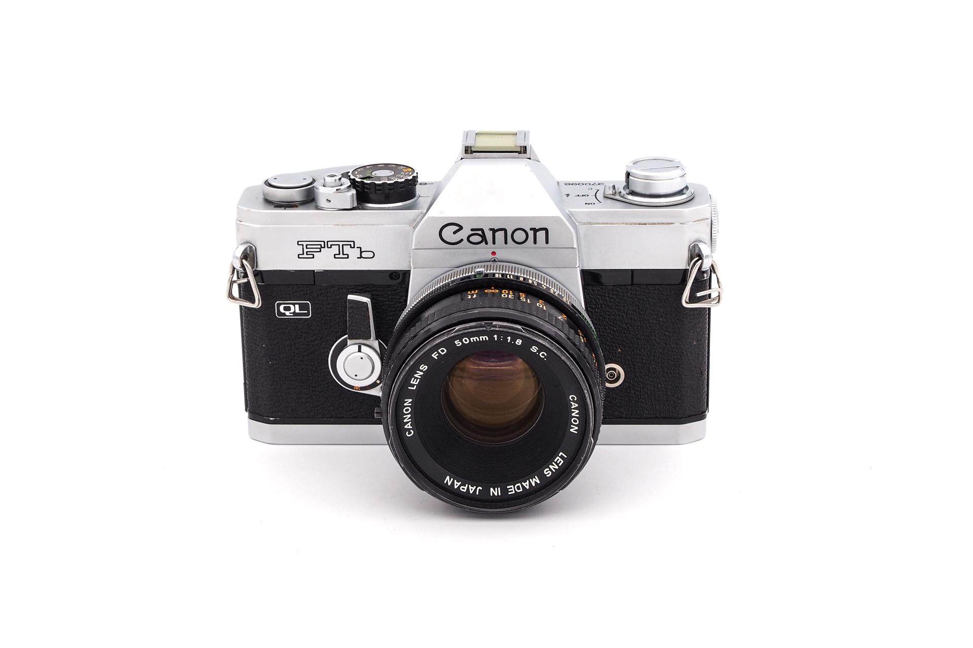 Canon FTb + 50mm F/1.8