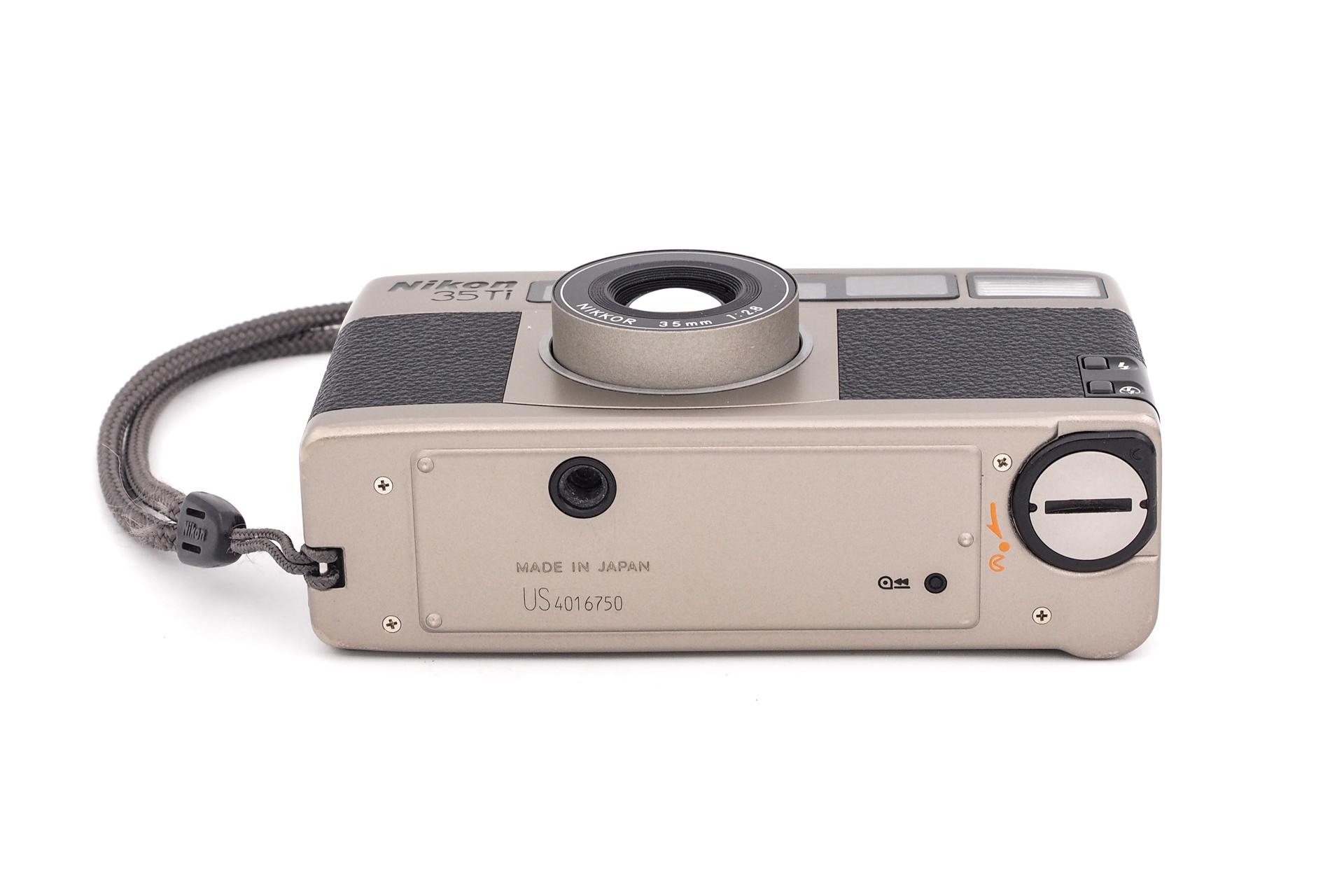 Nikon 35 Ti